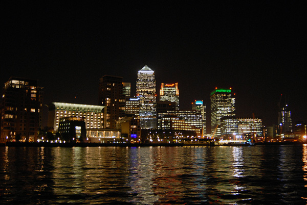 Canary Wharf from the River Thames, 2006