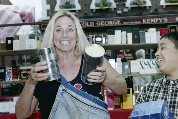 Pat, stallholder at the Bethnal Green Road market, 1992