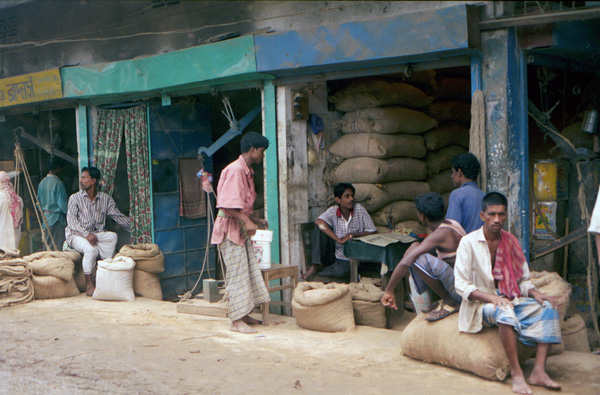 Workers by Buriganga River, Dhaka 2009