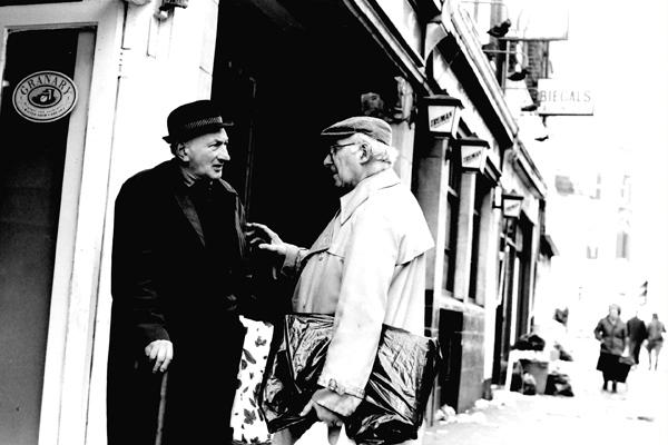 Conversation, Brick Lane 1988