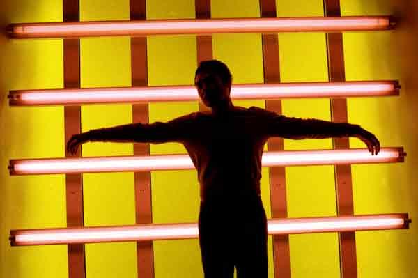 Light installation with Hazuan Hashim. Barcelona 2005