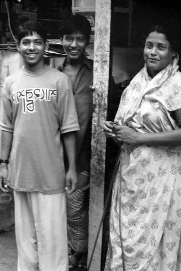 Trio in Dhaka, Bangladesh 1990