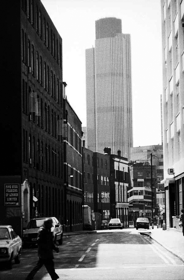 Tower 42 viewed from Whitechapel, 1985