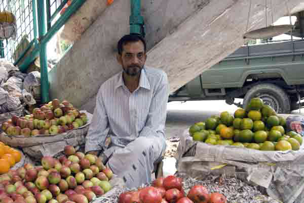 Fruit seller, Chittagong, Bangladesh 2008