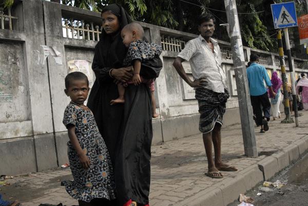 On the street on a hot day, Dhaka Bangladesh 2008