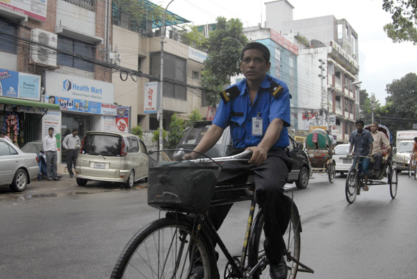Cyclist in Dhaka, 2009