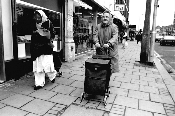Bethnal Green Road, c. 1990