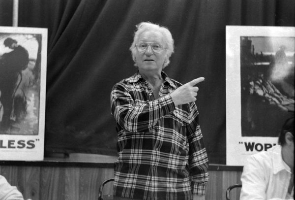 Jack Dash at meeting discussing homelessness c. 1983