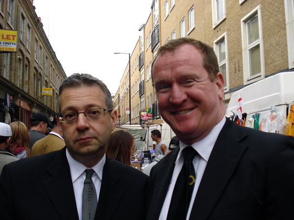 Alan Gilbey & Steve Wells at Cheshire Street Sunday market 2010