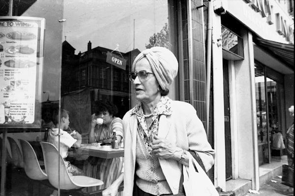Whitechapel Road c.1989