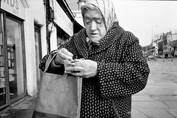Whitechapel Road c.1983