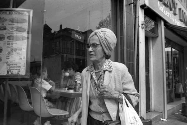 Whitechapel Road c.1990