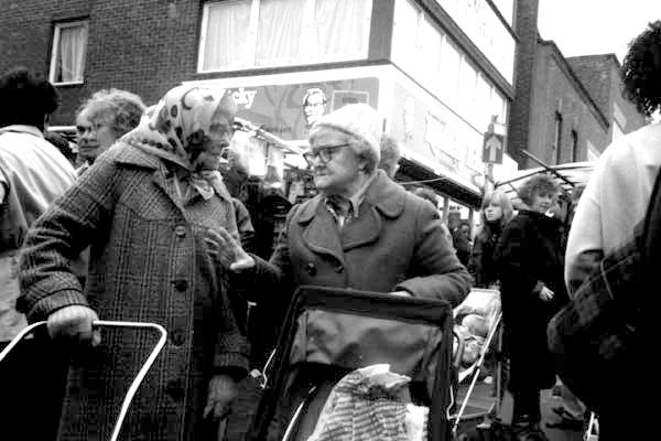 Bethnal Green Road c.1984