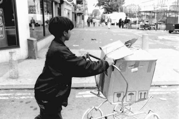 Whitechapel Road c.1987