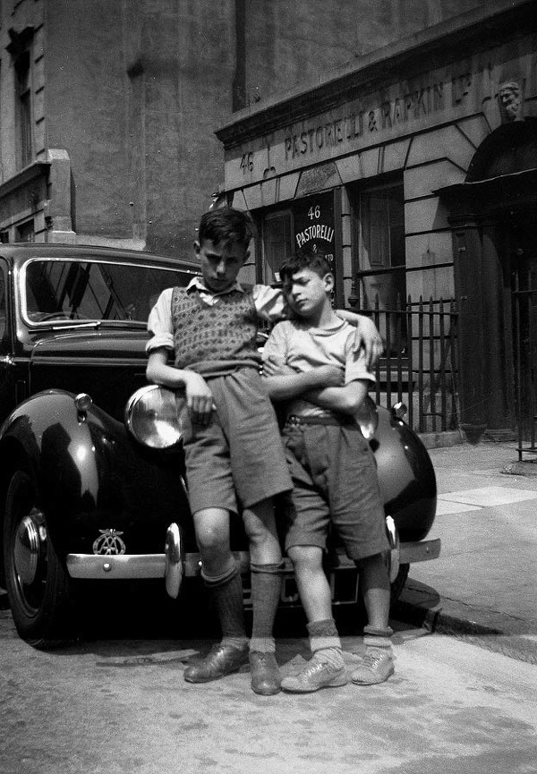 Raymond Scallionne and Razi Tuffano in Hatton Garden in 1948, one of the first pictures taken by Colin O'Brien when he was eight years old.
