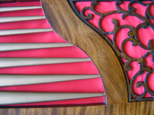 Organ, Aberdeen Art Gallery 2004