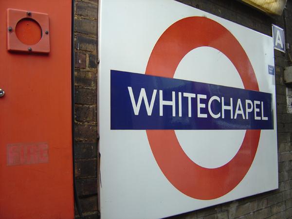 London Underground (Whitechapel) 2004