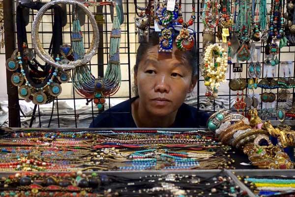 Market trader. Chaing Mai, Thailand 2017.