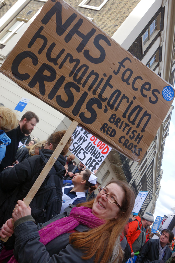 Humanitarian crisis. NHS demonstration. London 2017.