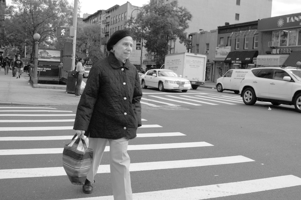 Crossing the road. New York 2005.