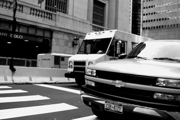 Road traffic. New York 2005.