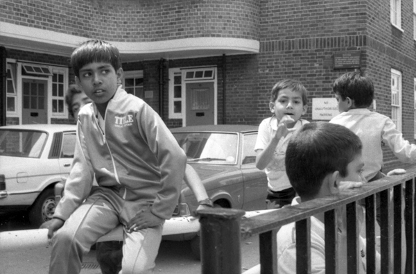 Chicksand estate. Spitalfields London c.1988.