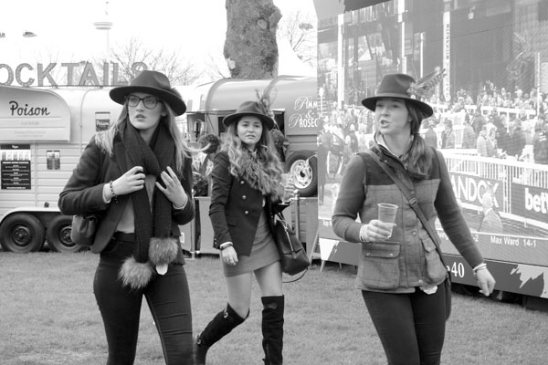 Hats. Aintree 2017.
