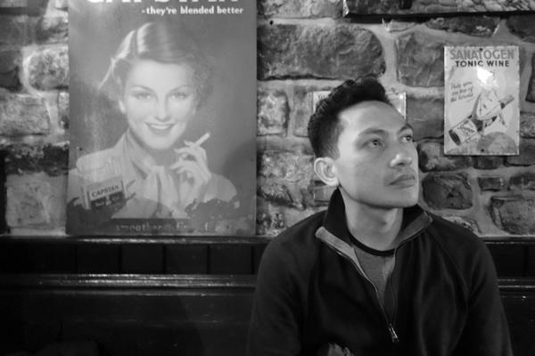 Hazuan Hashim inside the Inn. Caernarfon 2016.