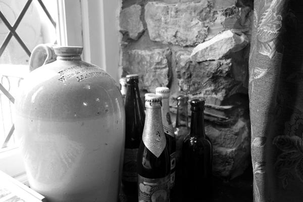 Still life inside the Inn. Caernarfon 2016.