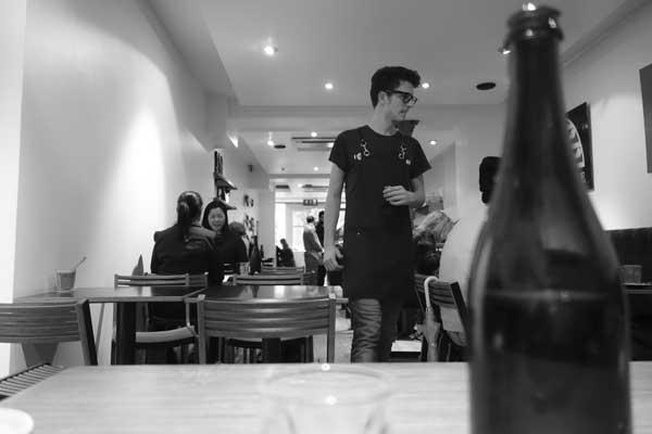 Cafe. Hanbury Street. Spitalfields 2014.