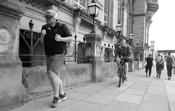 Running in Lime Street. Liverpool 2017.