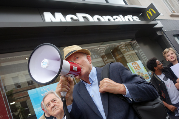 Tony Mulhearn of the Merseyside Pensioners Association, outside McDonald's. Liverpool 2017.