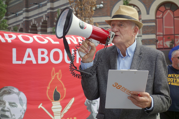 MPA member Tony Mulhearn. Clayton Square, Liverpool 2017.