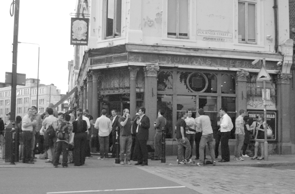 The Ten Bells pub on Commercial street. East London August 2008.