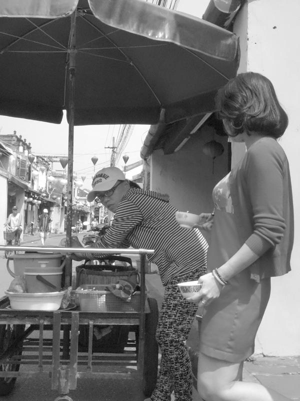 Tea break. Hoi An, Vietnam 2016.