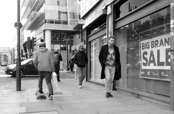 Whitechapel High Street (3). East London, December 2017.