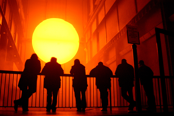 The sun at the Tate gallery, 2004